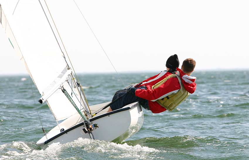 what to wear dinghy sailing
